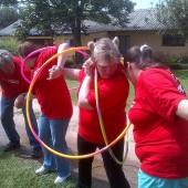 hula-hoop–team-building